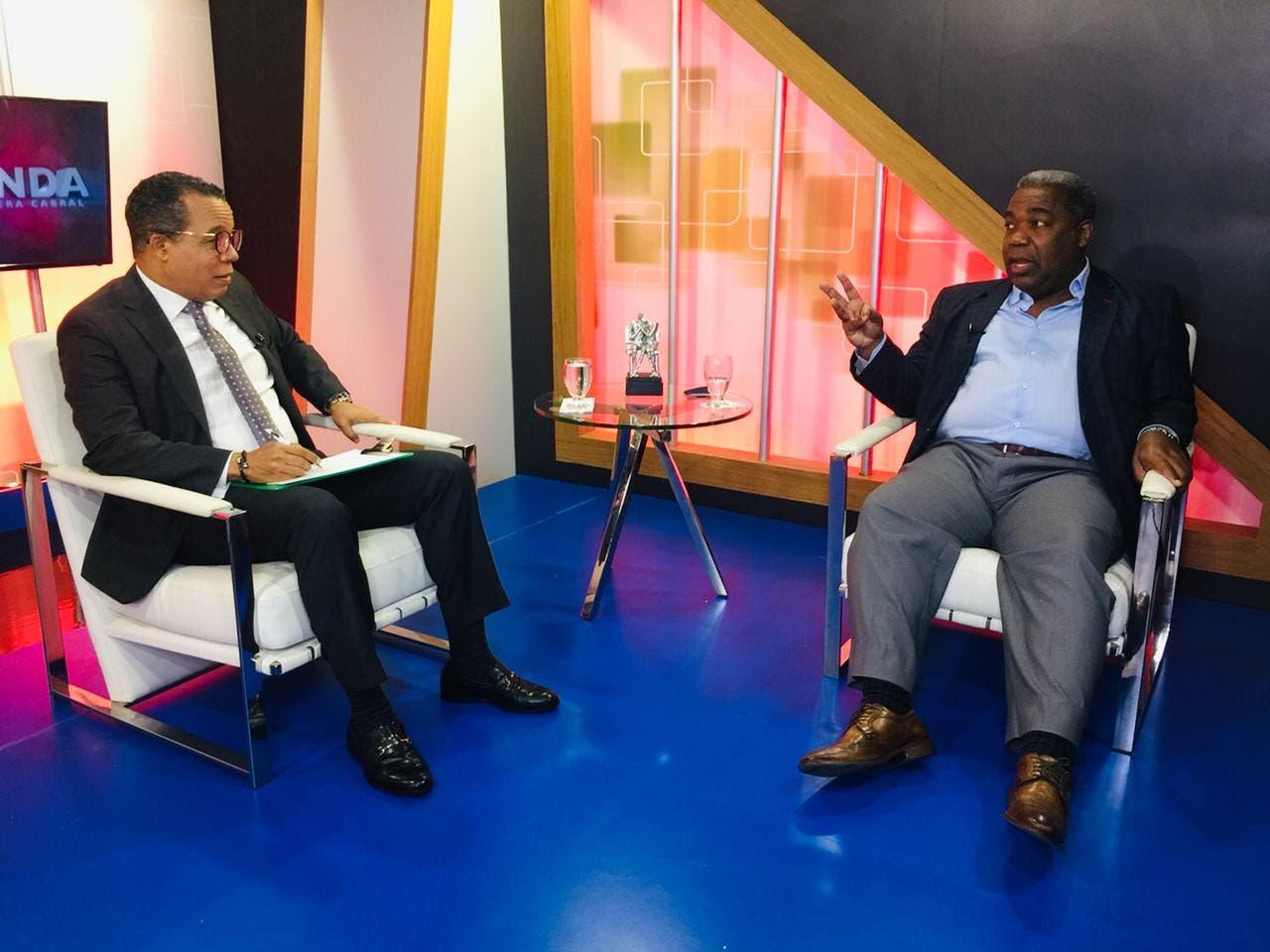 Peña Guaba defiende desmonte programas sociales