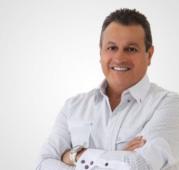 Salsero Ismael Miranda regresa al hospital «por cambios en su salud»