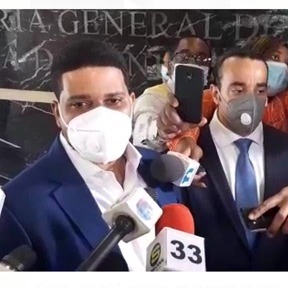 Jheyson García, esposo de exministra Kimberly Taveras fue a la Procuraduría