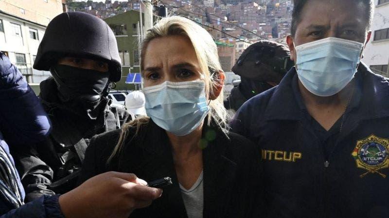 """Jeanine Áñez, aislada y """"sin privilegios"""" en una cárcel de Bolivia"""