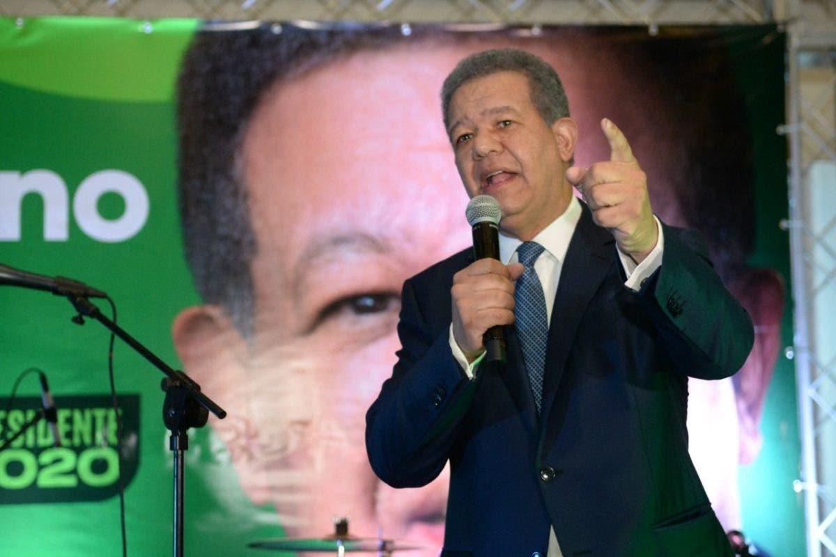 Leonel Fernández: «No concibo que Juan Bosch sea de un partido al que se le exigiera respetar la Constitución»