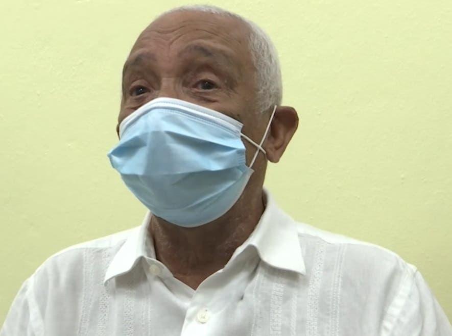 Por amor: Maestro Solano vacuna es esperanza de ganar batalla al COVID-19