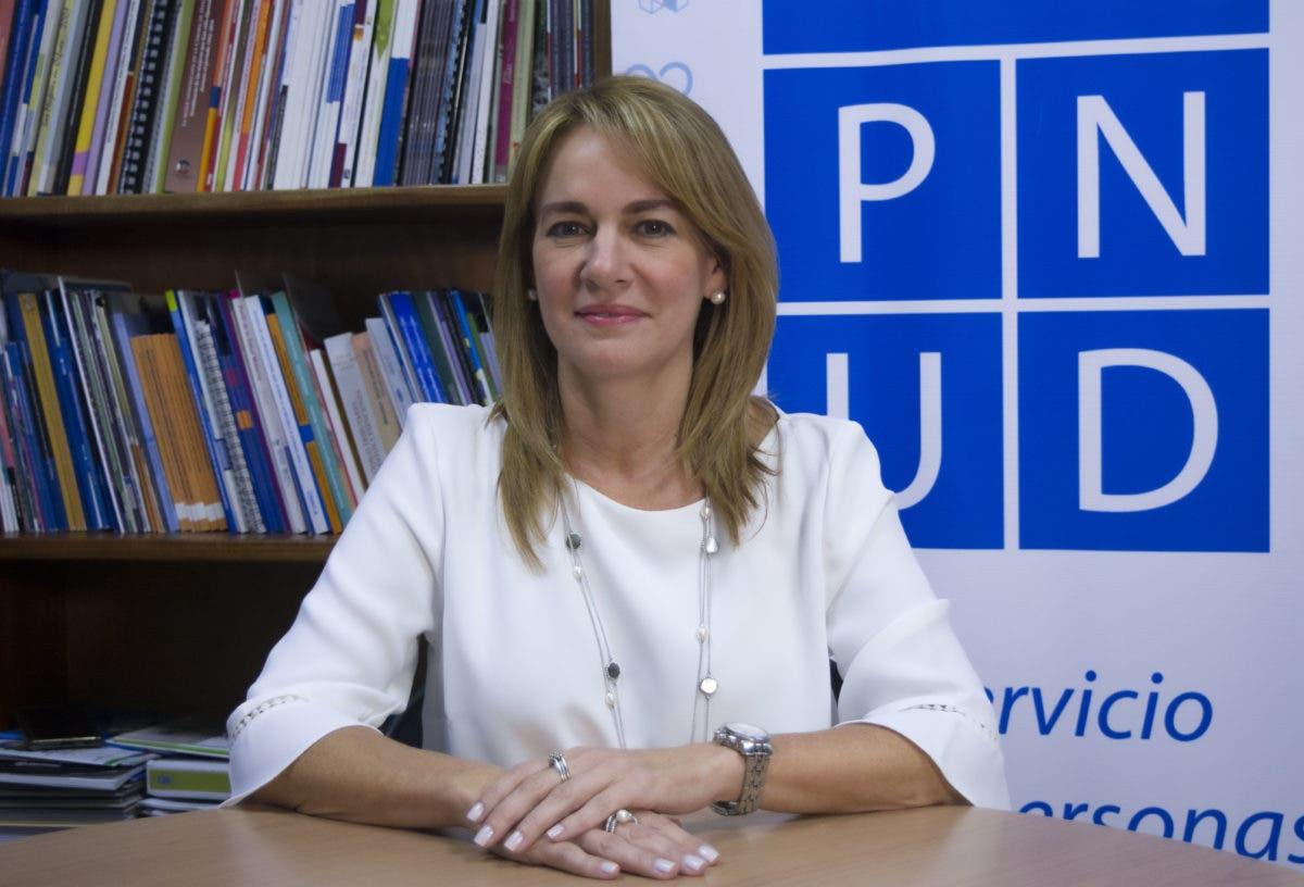 Realizan conversatorio con PNUD sobre equidad de género