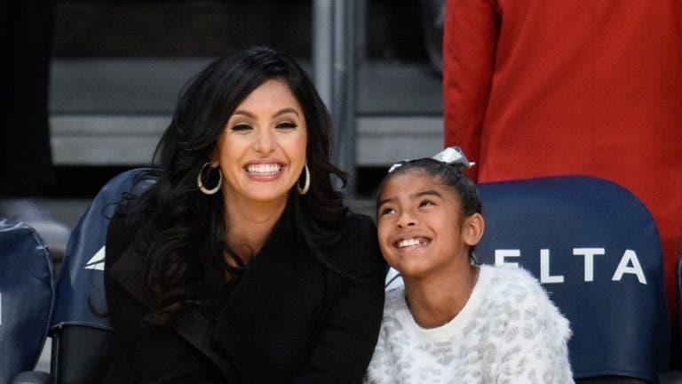 Esposa de Kobe Bryant rinde homenaje a su difunta hija Gianna con un tatuaje