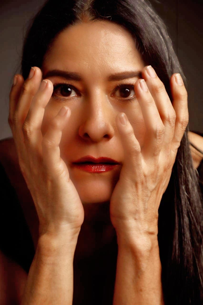 Actriz Pachy Méndez en contra de la violencia verbal y psicológica