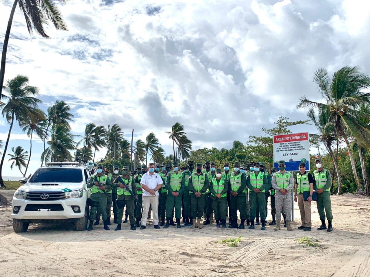 Medio Ambiente, Defensa y Senpa,  dan toques finales al operativo de  rescate de playa Cabeza de Toro en Punta Cana