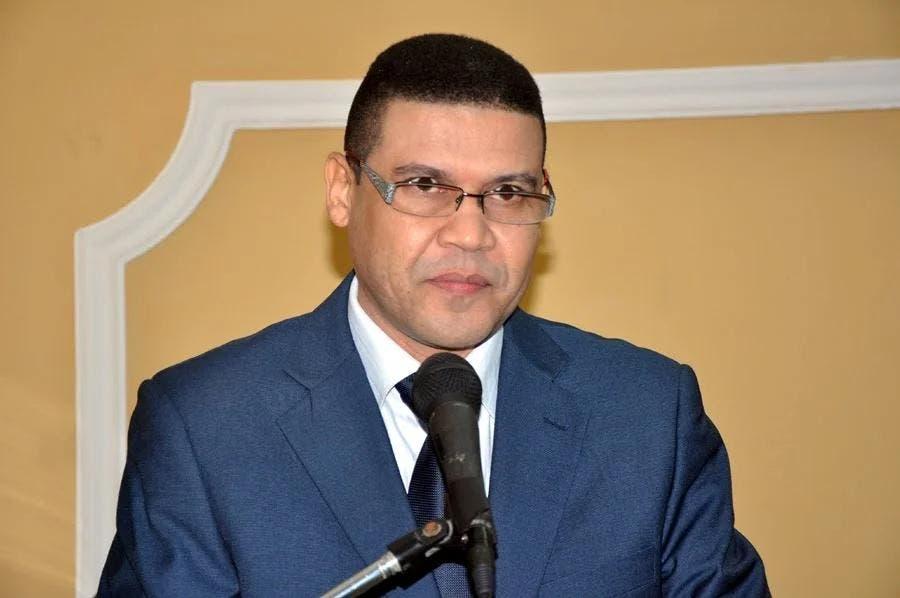 Ricardo Nieves dice ataques al Minerd por licitaciones son estimuladas por suplidores