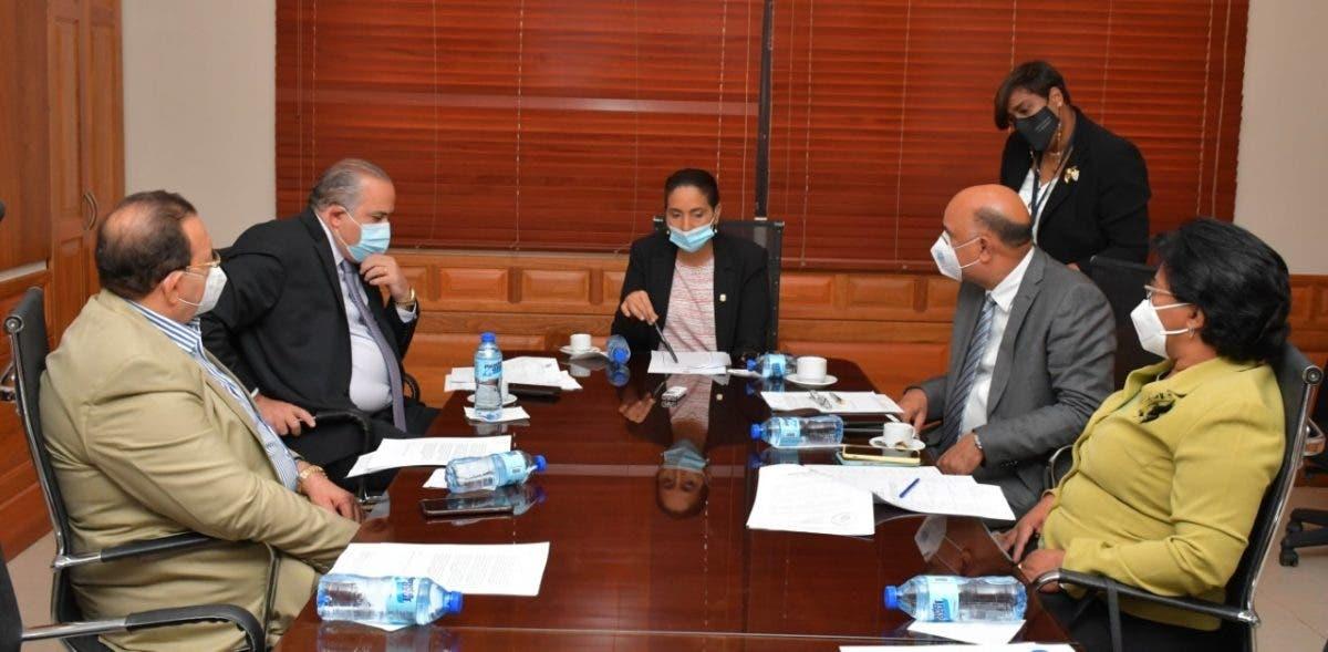 Comisión de Salud Pública del Senado se enfoca en la calidad del agua