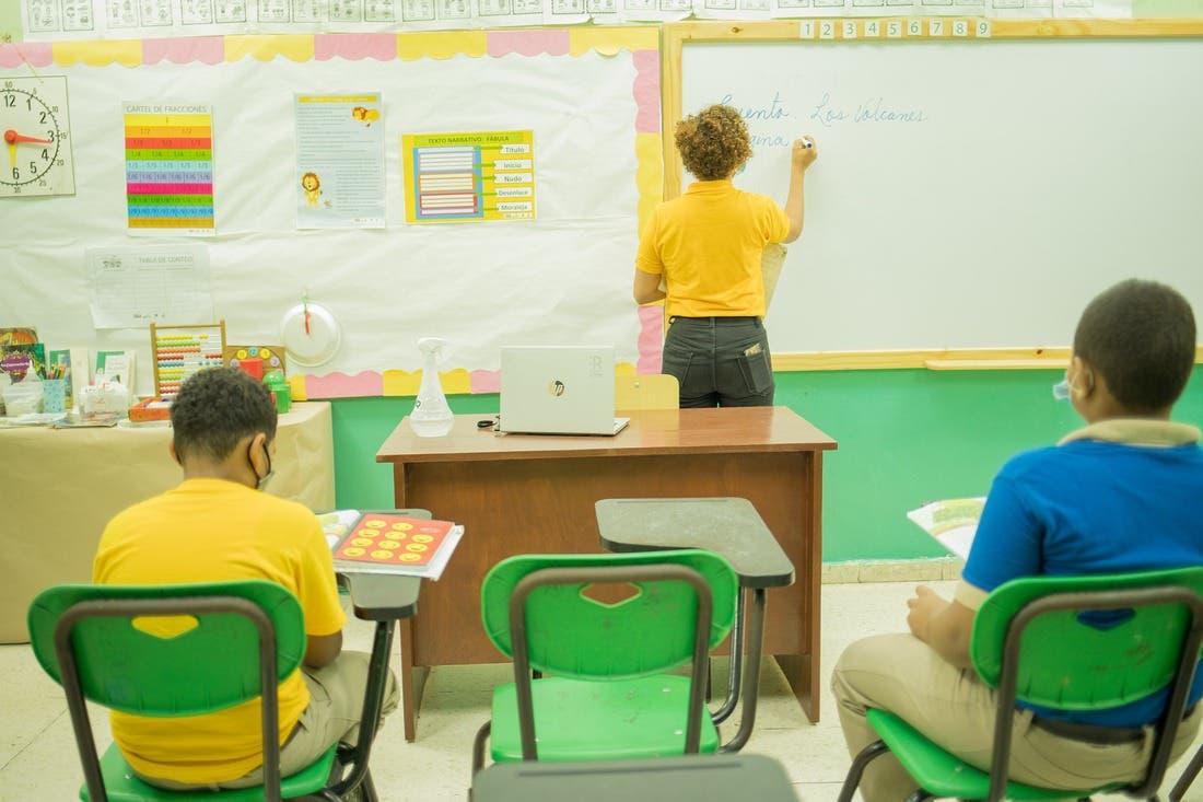 Ministros de Educación del SICA se comprometen con la reapertura escolar