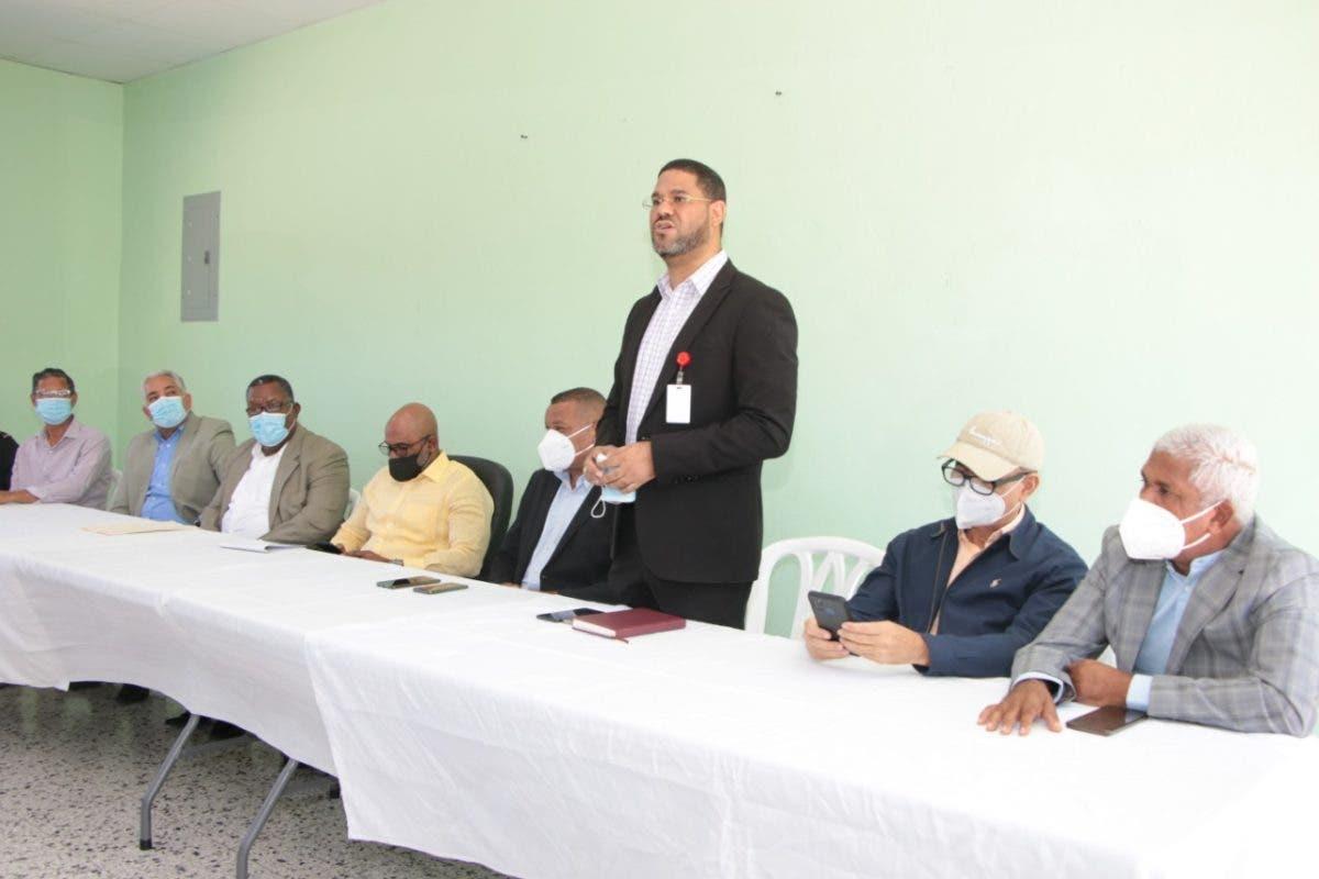 MINERD verifica avances en acciones de regreso a clases en Bahoruco e Independencia