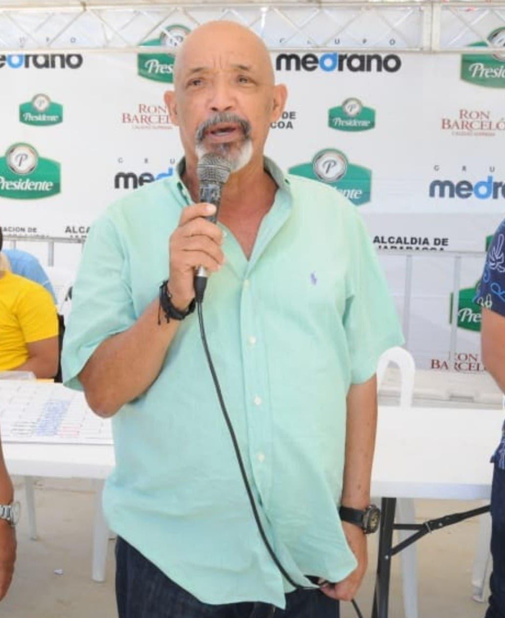 Inician preparativos para torneo de voleibol La Montaña de Jarabacoa