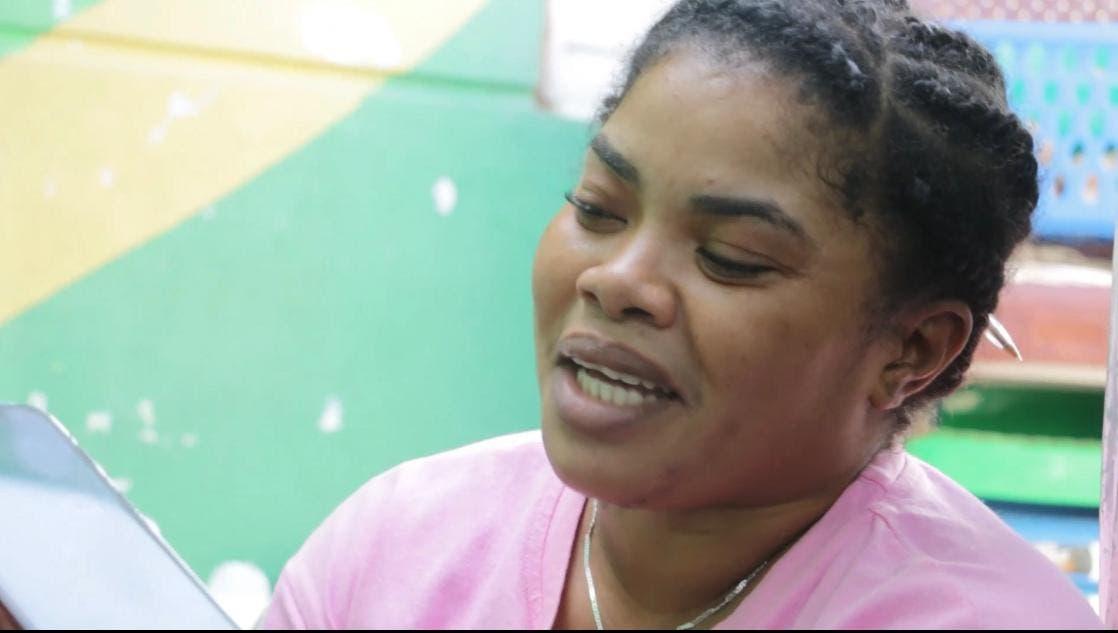 Ministro de Educación acude en ayuda de madre de tres hijos con parálisis cerebral