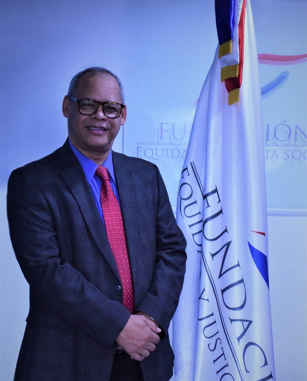 Reverendo Fidel Lorenzo afirma Código Penal debe ser aprobado