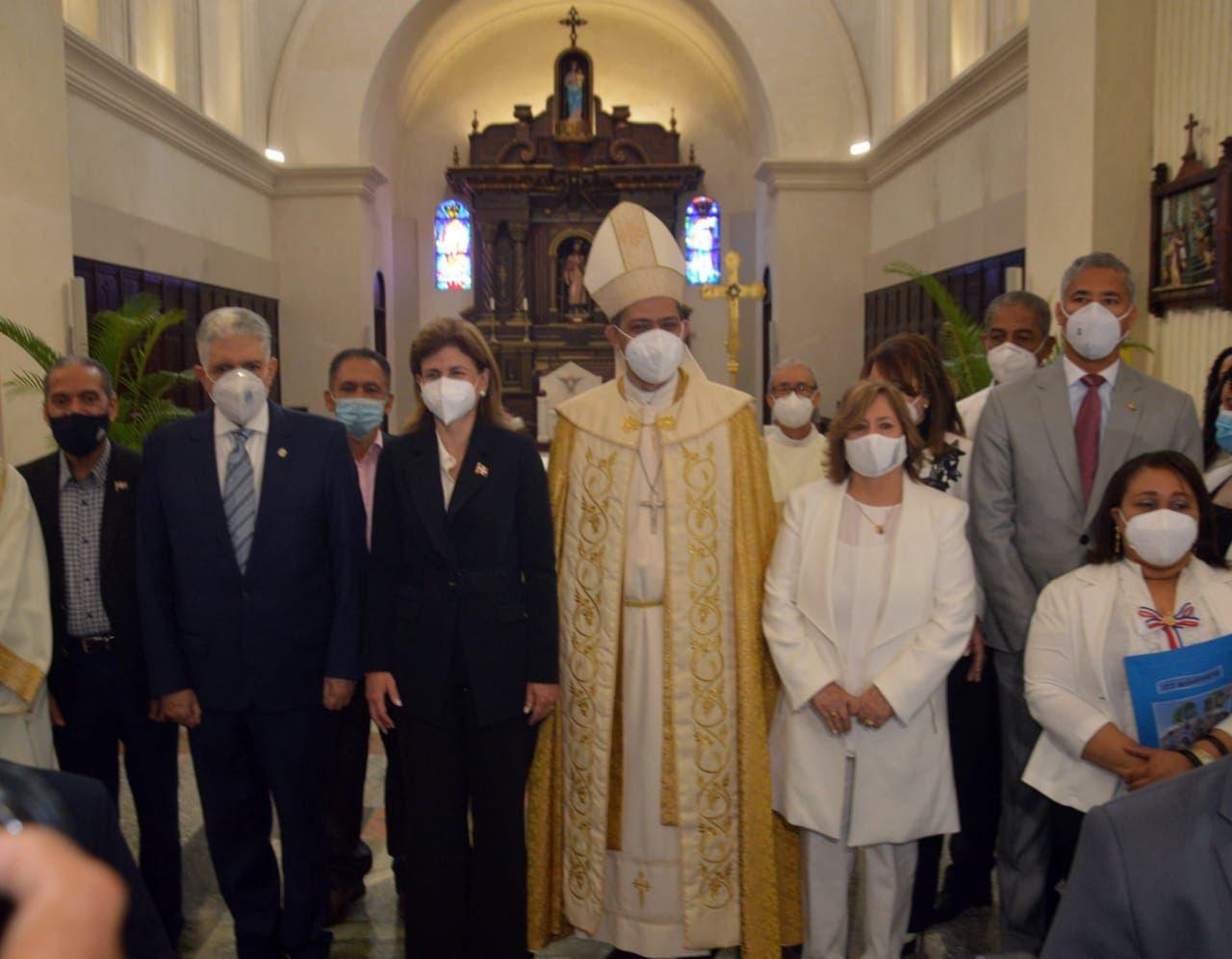 Obispo pide a Luis Abinader destituir funcionarios que busquen intereses personales