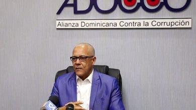 Acusan al ministro de Deportes y al Patronato del Estadio Quisqueya por malversar fondos