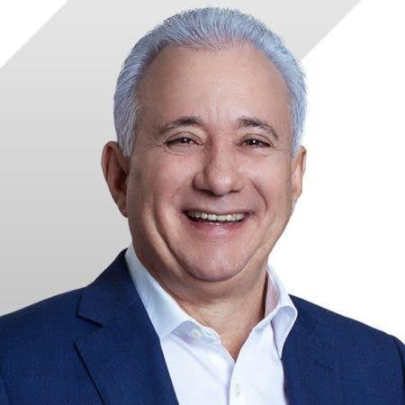 Entrevista a Antonio Taveras Guzmán en el programa Uno + Uno