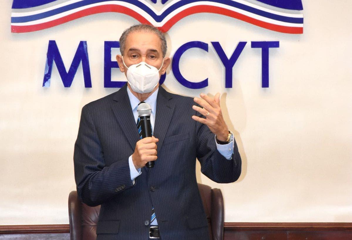 Luis Abinader dispuso que comisión trabaje en creación de Sistema Nacional de Becas, según MESCYT