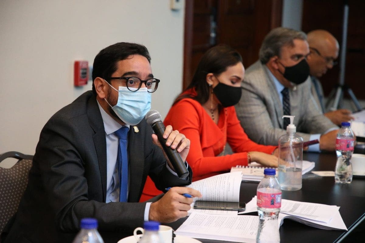 Diputado José Horacio: Aprobar tres causales del aborto es un asunto de justicia