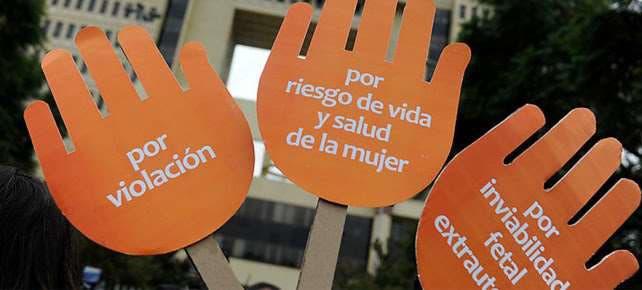 Dominicanas residentes en Nueva York piden a legisladores aprobar las tres causales