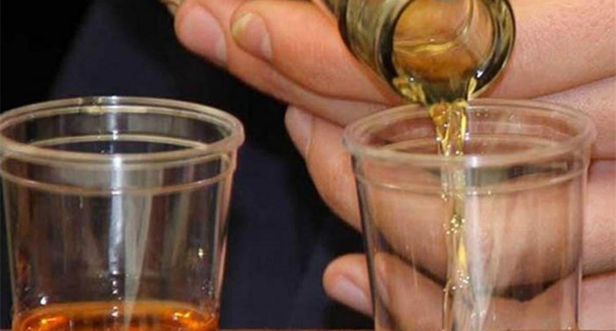 Especialistas explican por qué se congelan las bebidas alcohólicas