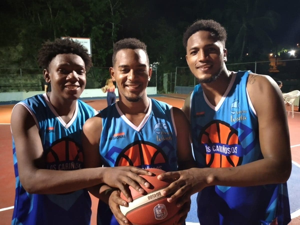 Los Cariñosos mantiene invicto primer torneo de baloncesto superior sector Hermanas Mirabal
