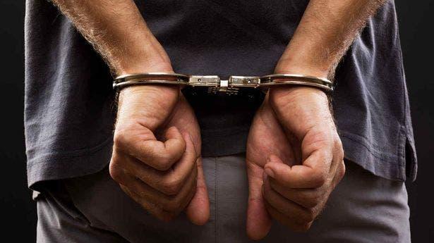 Apresan hombre acusado de violar sexualmente a una menor de 9 años en Santiago