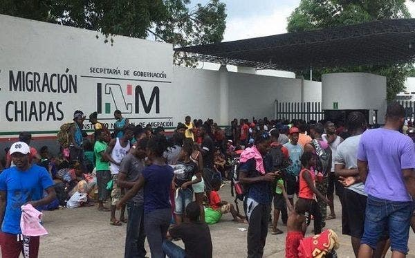 Nueva ola de migrantes haitianos llega a Tapachula