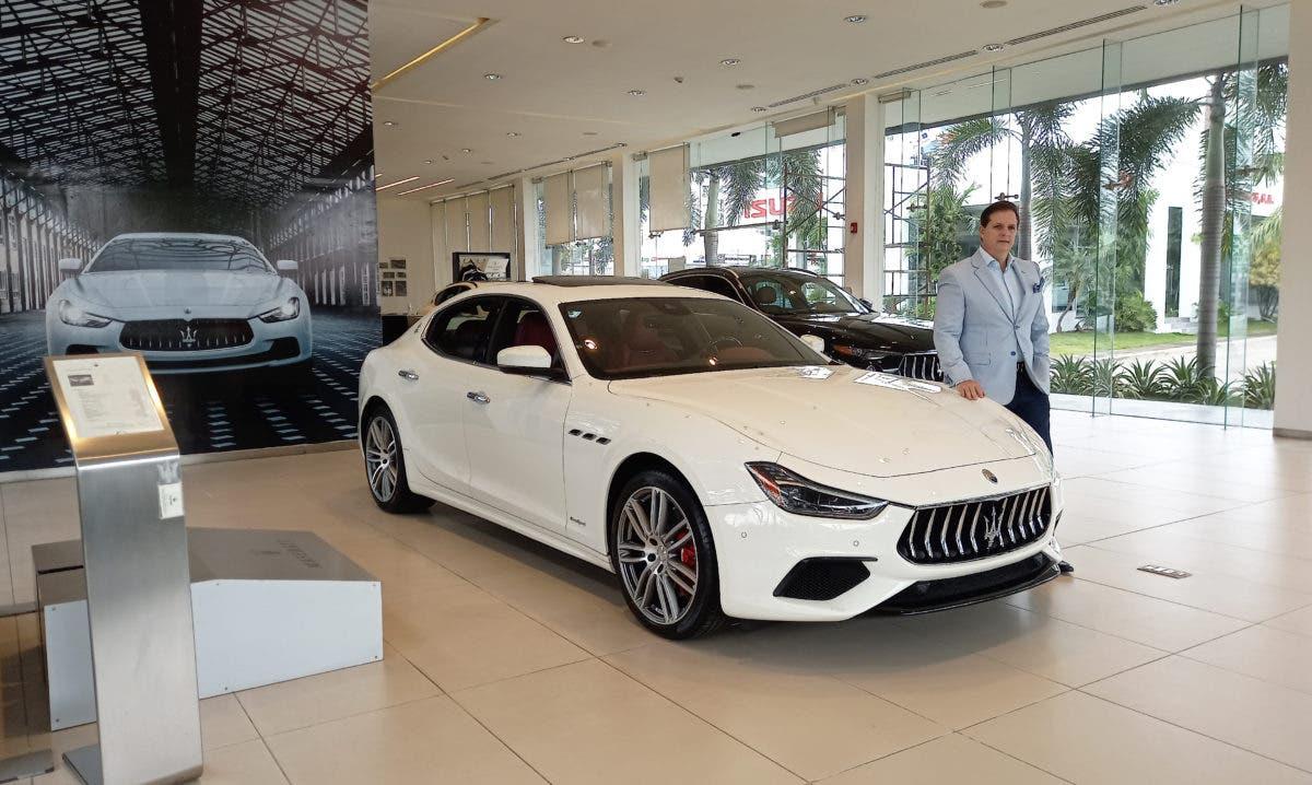 Maserati Ghibli encabeza ¨los mejores carros 2021¨en Alemania