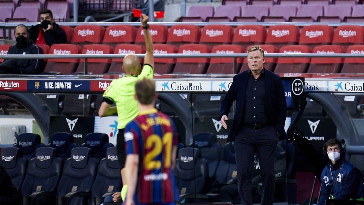 """Koeman, expulsado por decir  """"Vaya personaje"""" al cuarto árbitro      Barcelona"""