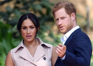 """Enrique y Meghan agradecen a príncipe Felipe su """"servicio"""" en escueto mensaje"""