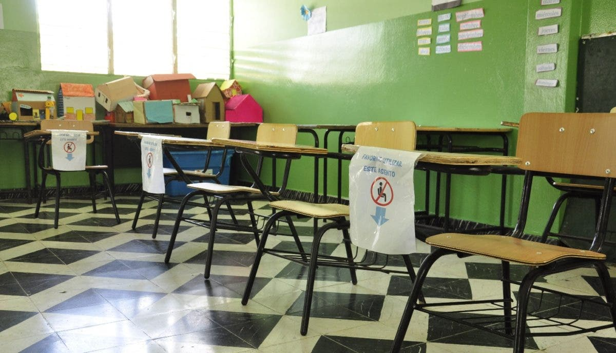 Monte Plata está rezagada con retorno al aula; pocas escuelas iniciaron la semipresencialidad