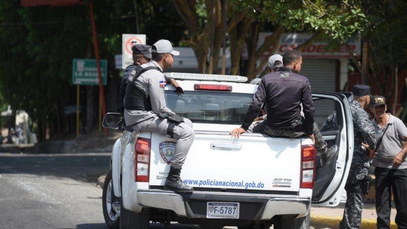 Persiguen varios hombres que tirotearon casa y prendieron fuego a otra en Dajabón