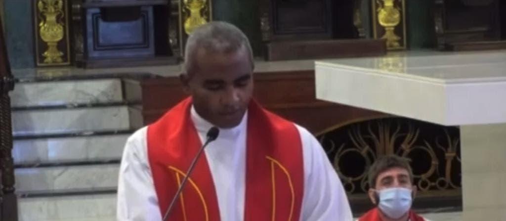Iglesia denuncia presunta extorsión en medios