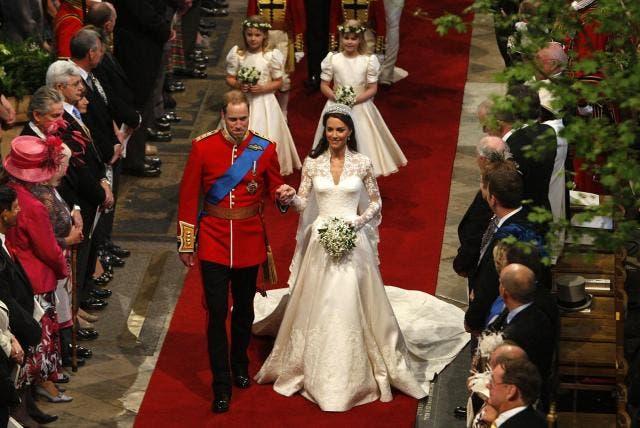"""Diez años de la boda de los duques de Cambridge, los """"favoritos del pueblo»"""