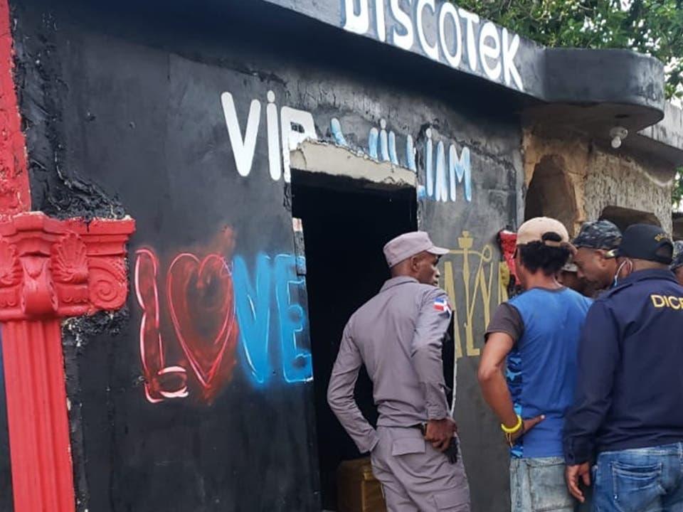 Investigan tiroteo que dejó cuatro muertos y varios heridos en Villa Riva