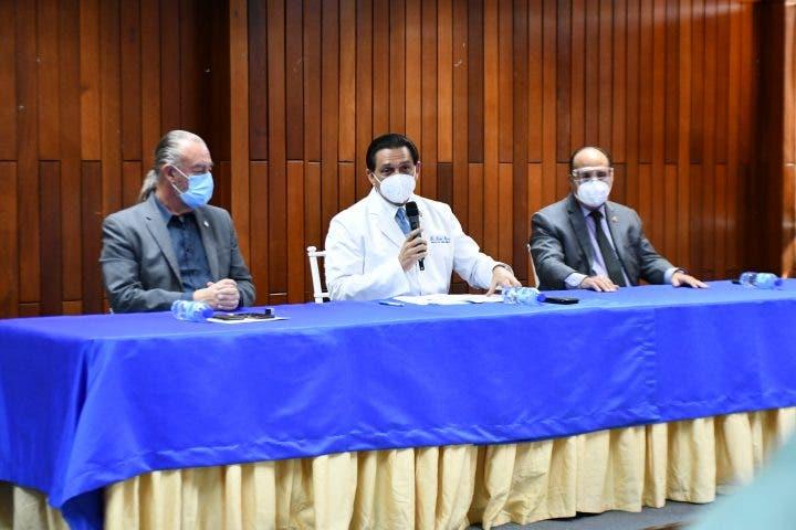 Santo Domingo y Puerto Plata con mayores casos intoxicados por bebidas adulteradas; notifican 262
