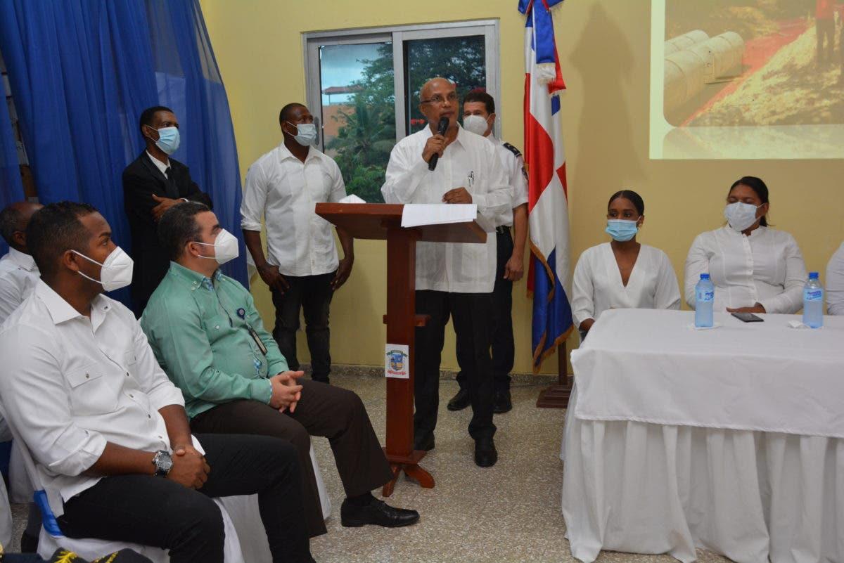 Fidel de Los Santos dice encontró deuda que supera los RD$ 50 millones en alcaldía de Pantoja