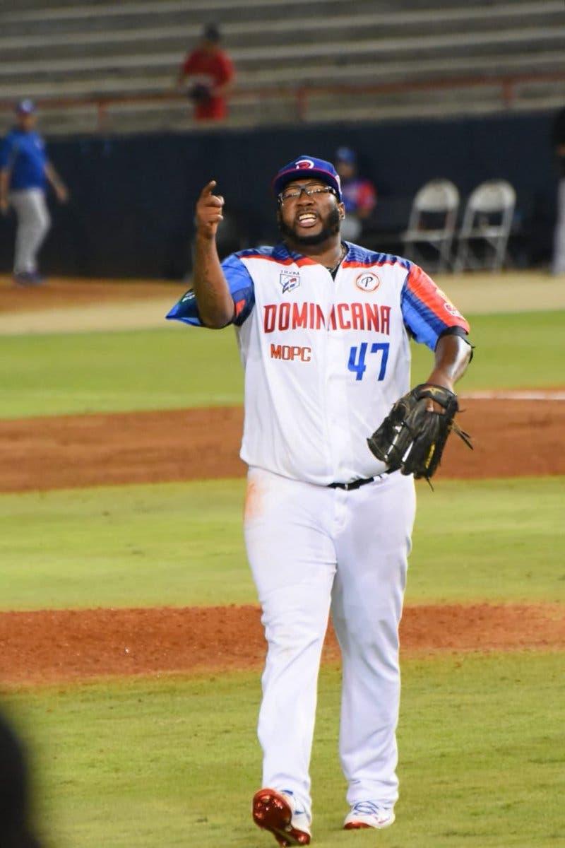 Lanzador 'Jumbo' Díaz recibe permiso para integrarse a selección dominicana