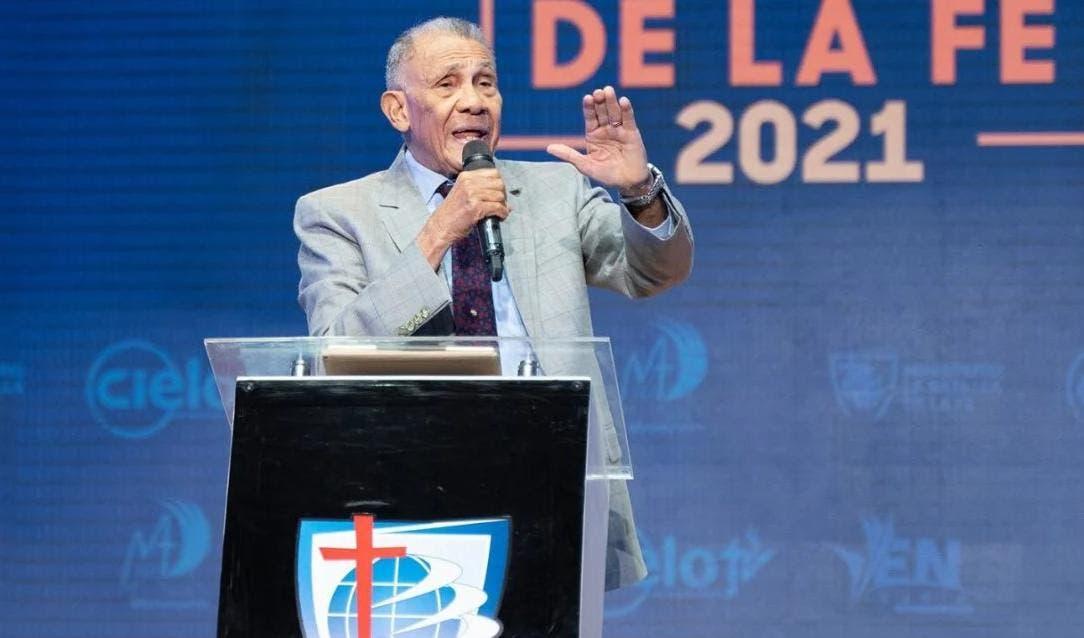Boletín Informativo HOY| Pago cheques | Vacunación | Fondos AFP | Pastor Ezequiel | PLD