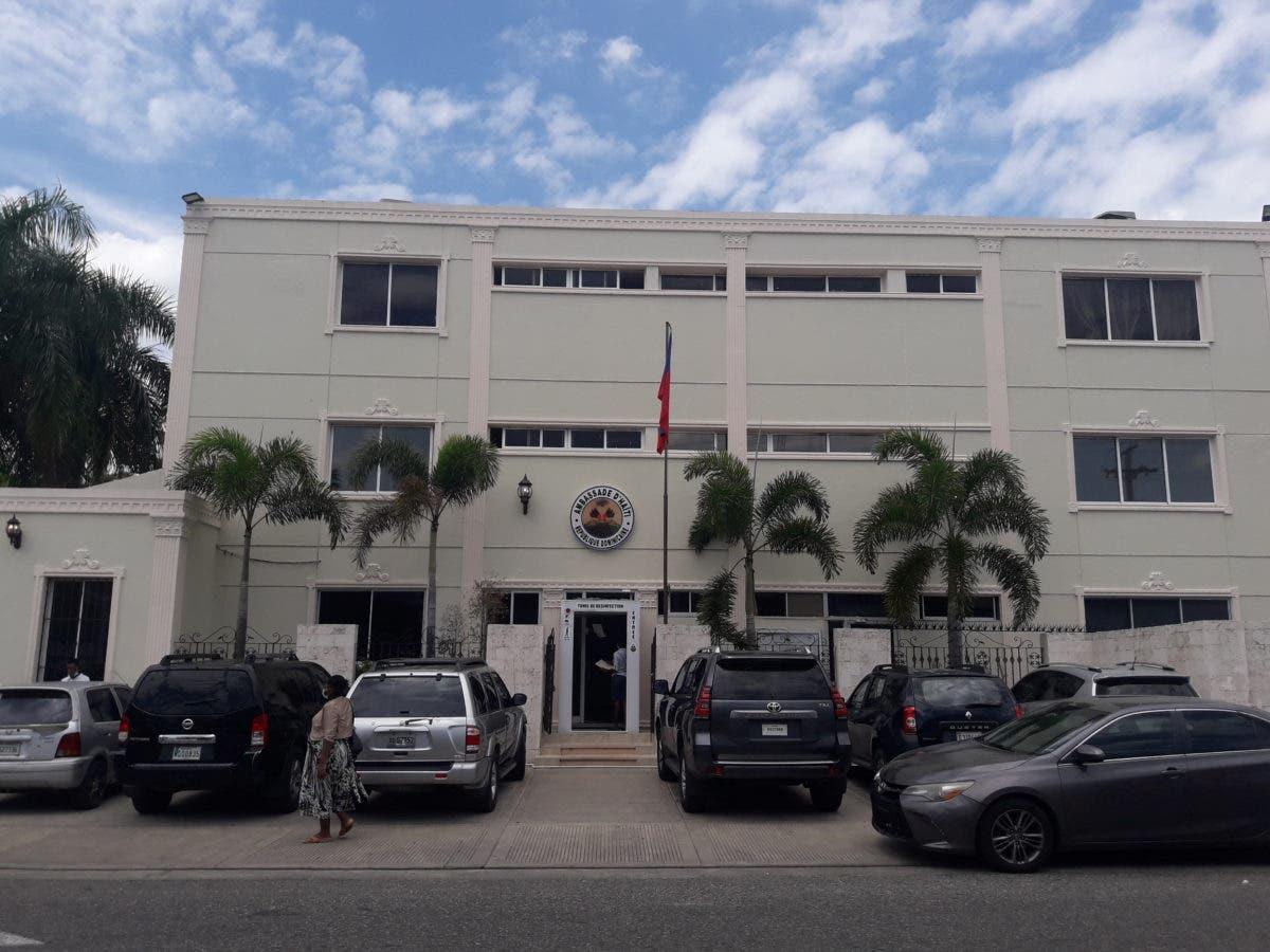 Más de 15 mil haitianos se han registrado para obtener  nueva cédula