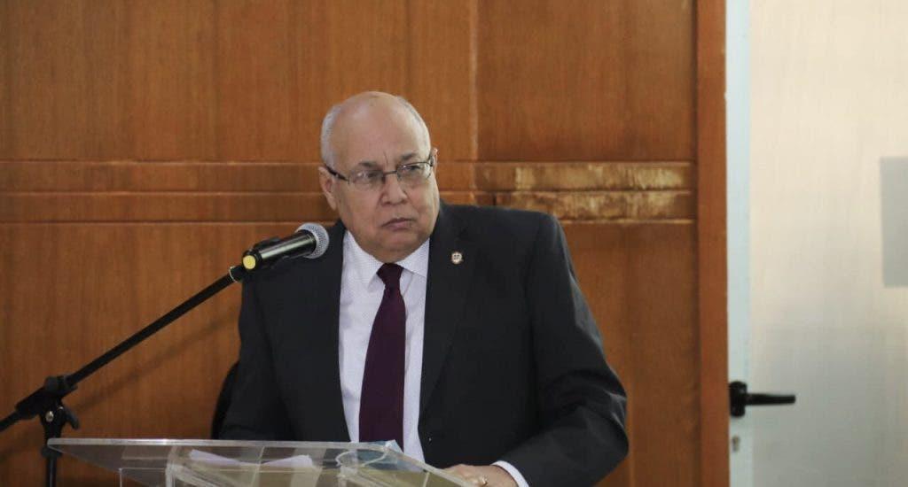 Fallece por COVID-19 exministro de Salud Pública Erasmo Vásquez