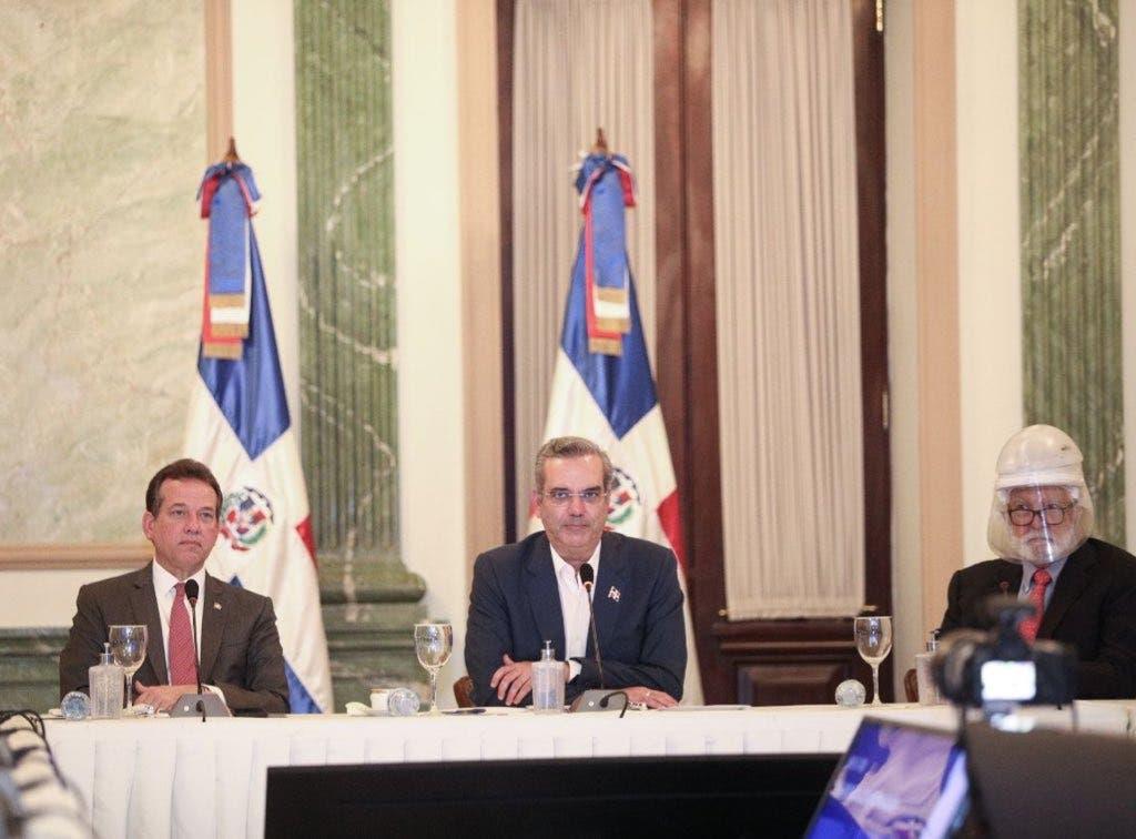 Abinader destaca crecimiento de las zonas francas a pesar de la pandemia