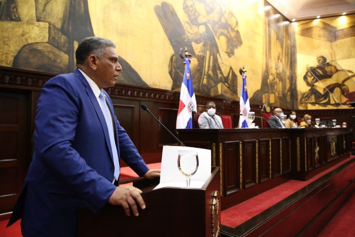 Ministro Chu Vásquez ofrece detalles a diputados sobre Plan de Seguridad Ciudadana