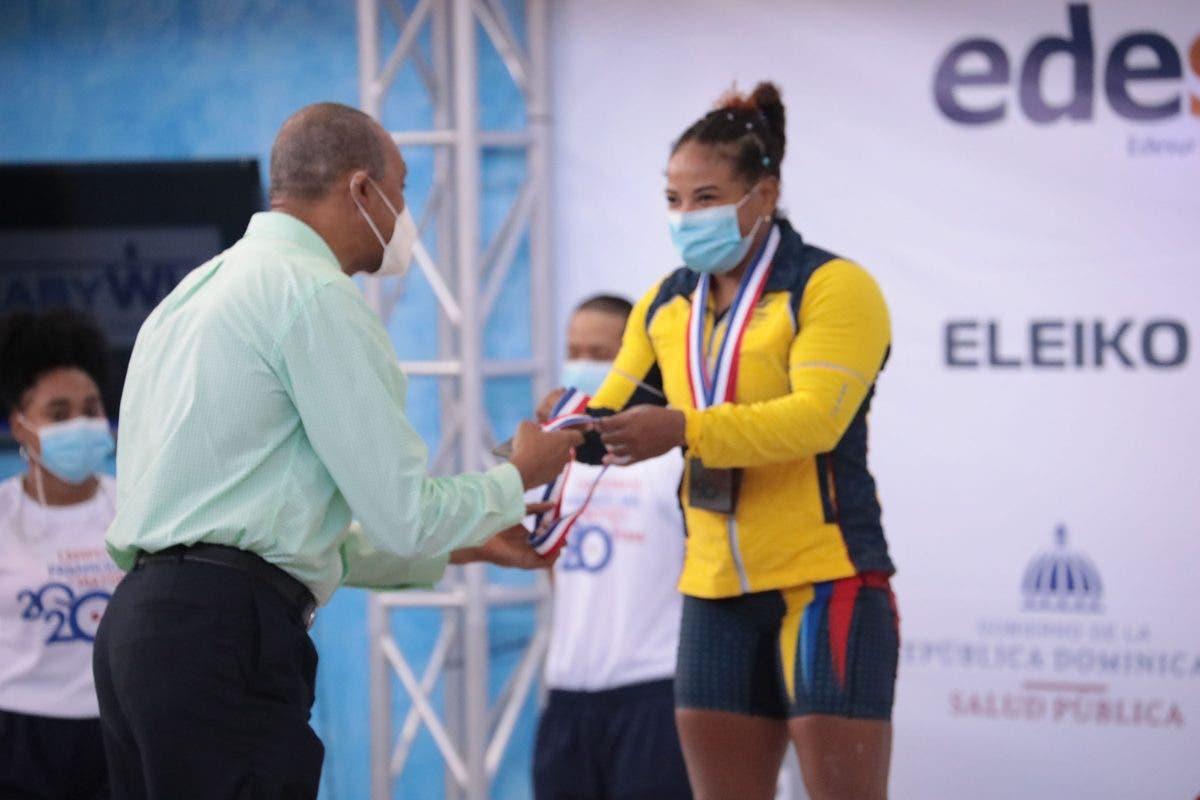 Exministro de Deportes y personalidades califican de exitoso montaje de Panam Pesas en RD