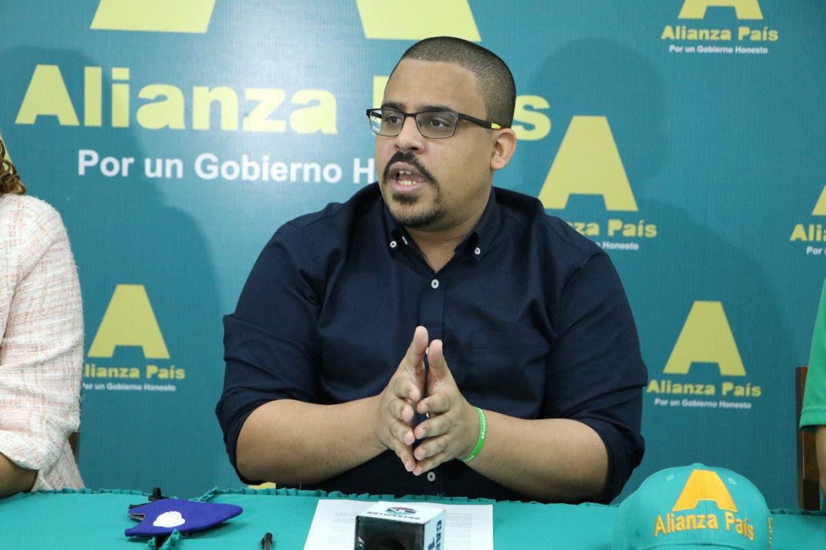 """Alianza País: """"El ataque al campamento de las 3 causales es un acto de brutalidad"""""""