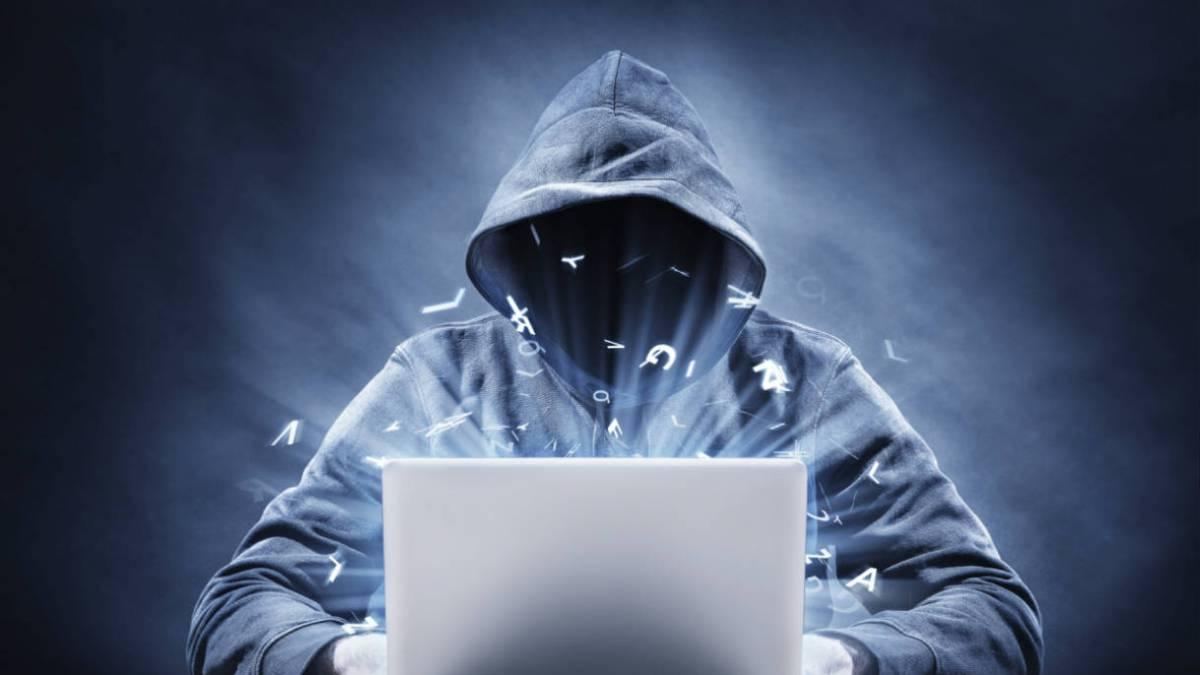 Hackers piden 50 millones a Apple por imágenes robadas de los futuros MacBook