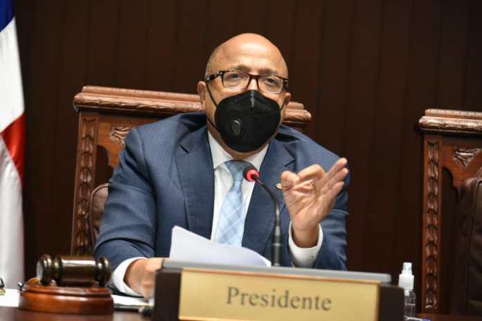 Alfredo Pacheco condena accionar de la Policía contra campamento por las causales