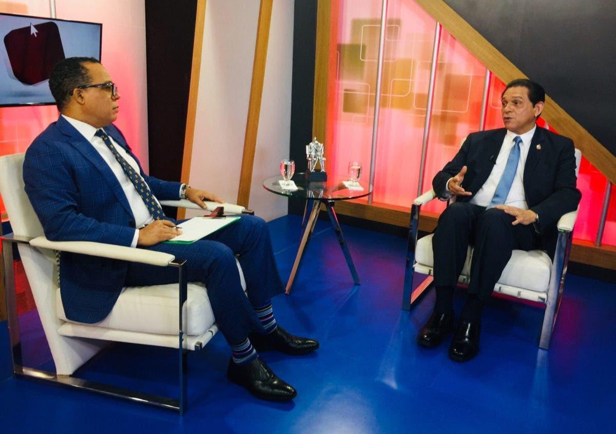 Ministro de Salud advierte si no se respetan medidas se echarán para atrás las flexibilidades