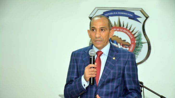 Presidente DNCD dice labor periodistas fortalece sistema democrático
