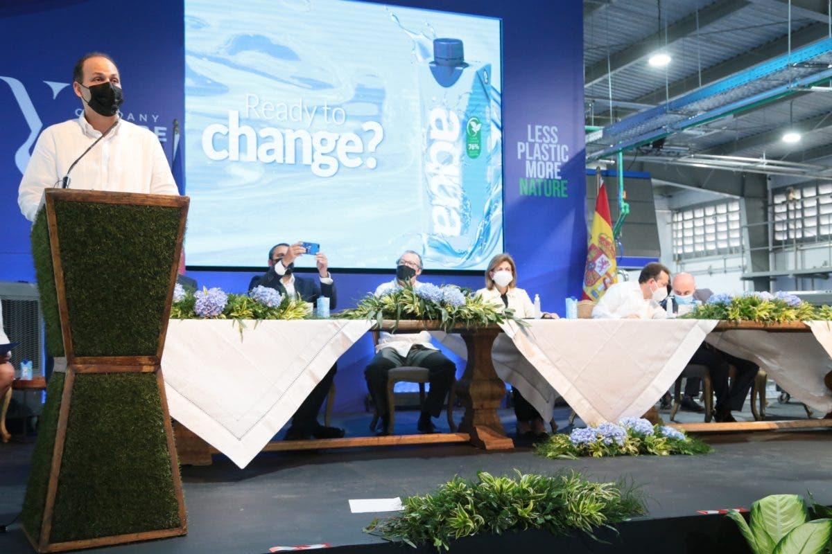 Inauguran nueva planta de agua en envases de cartón
